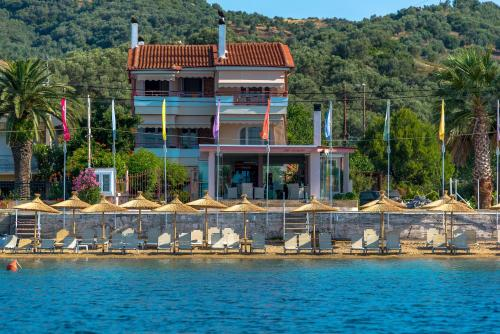 Over Sea Room & Villas - Loutra Edipsou Greece