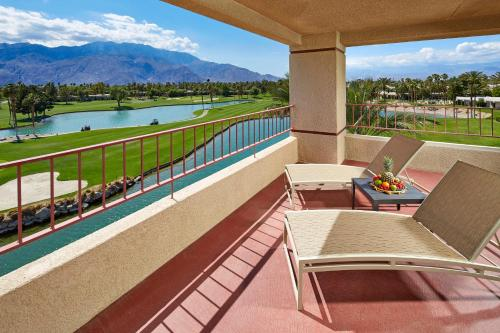 DoubleTree by Hilton Golf Resort Palm Springs Photo