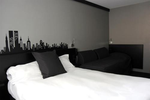 Comfort Hotel Davout Nation Paris 20 photo 23