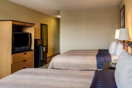 Suburban Extended Stay Hotel Chester Photo