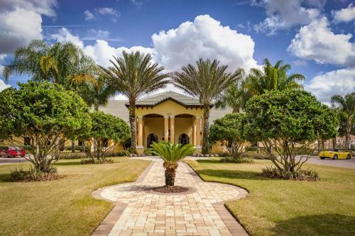 Paradise Palms Vacation Homes - 8877CP Photo
