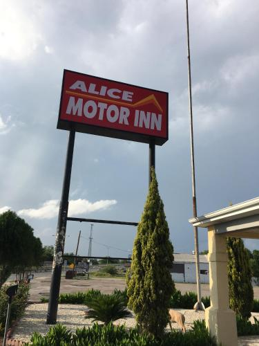 Alice Motor Inn Photo