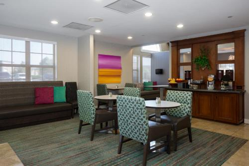 Residence Inn Kansas City Olathe Photo