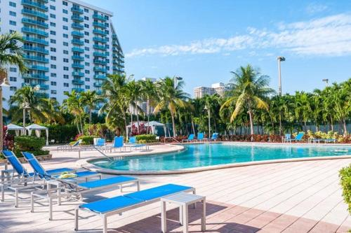 Great Sunny Isles Lodging Photo