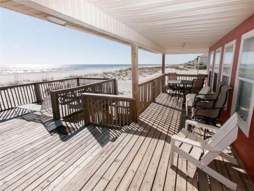 Montego Beach House Photo