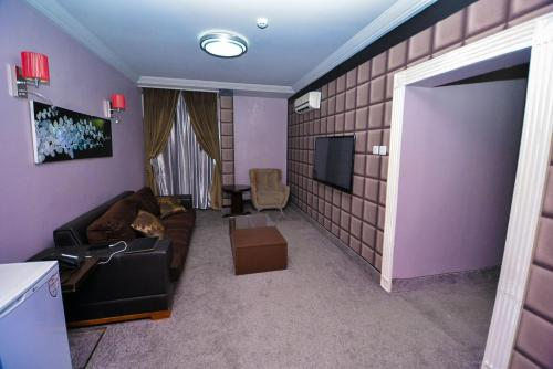 Newland Luxury Hotel Apartment