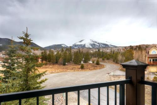 Bay Club 206 by Colorado Rocky Mountain Resorts Photo