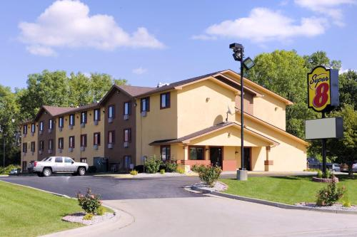 Picture of Super 8 Hotel Flint