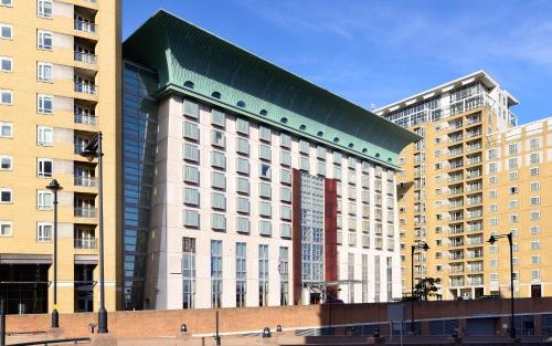 Canary Riverside Plaza Hotel photo 41