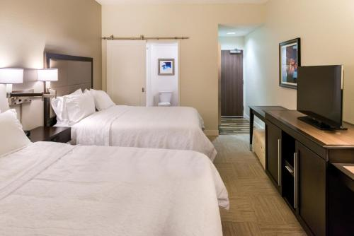 Hampton Inn & Suites Orlando-East UCF photo 2