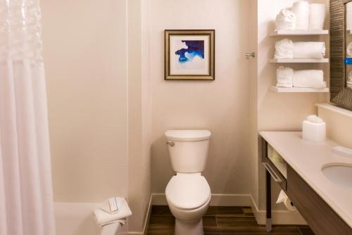 Hampton Inn & Suites Orlando-East UCF photo 3