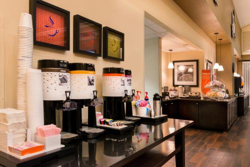 Hampton Inn & Suites Orlando-East UCF photo 15