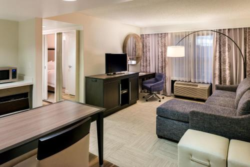 Hampton Inn & Suites Orlando-East UCF photo 33