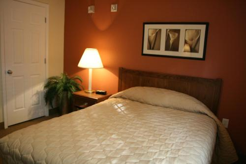 Affordable Suites of America Fredericksburg Photo