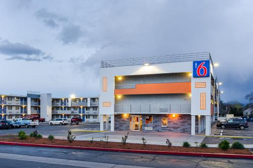 Motel 6 Denver Central - Federal Boulevard impression
