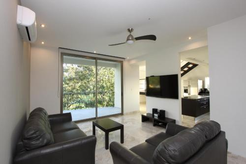 Sky Penthouses at Oceano Photo