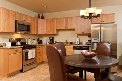 6115 Bear Lodge - Steamboat Springs, CO 80487