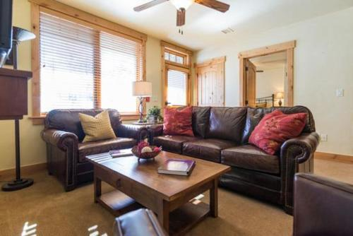 6116 Bear Lodge - Steamboat Springs, CO 80487