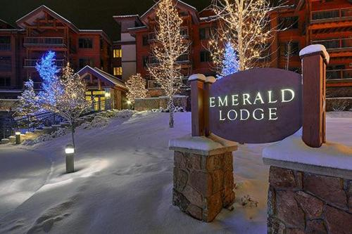5101 Emerald Lodge Photo