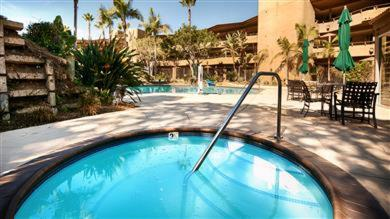 Best Western Encinitas Inn & Suites at Moonlight Beach Photo