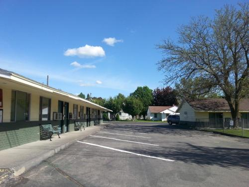 Colwell Motor Inn Photo