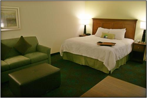 Hampton Inn & Suites San Antonio/Northeast I-35 in San Antonio