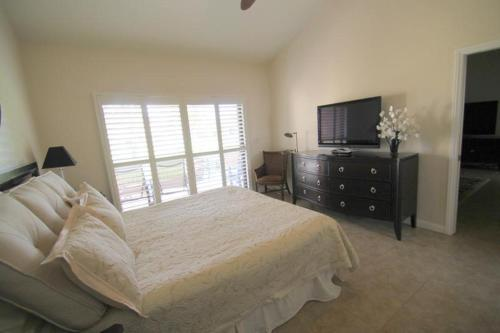 Pebble Beach Circle Holiday Home 40407 Photo