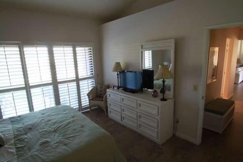 La Costa West Holiday Home 40860 Photo