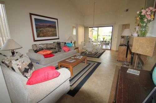 Inverness Way Holiday Home 40705 Photo