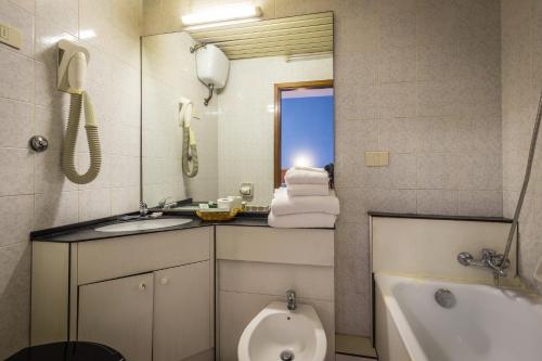 Hotel Real photo 22