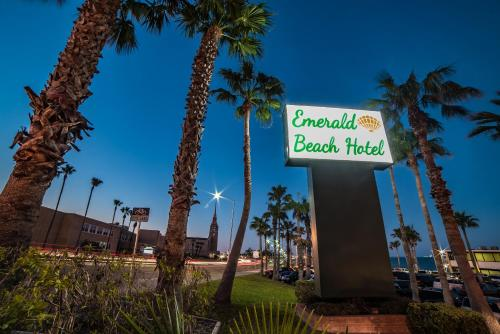 Emerald Beach Hotel Photo