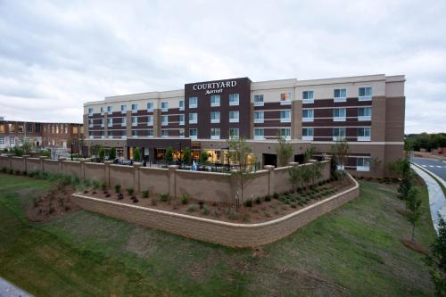 Courtyard by Marriott Starkville MSU at The Mill Conference Center Photo