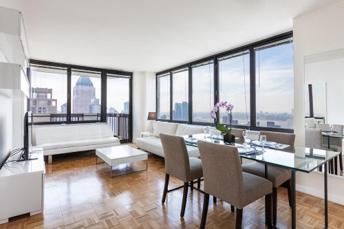 2 Bedroom Luxury Residence On Broadway Near Carnegie Hall - new-york - booking - hébergement