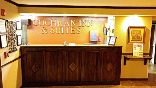 Cochran Inn & Suites Photo