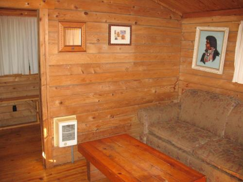 Mount Hood Village Standard Cabin 12 Photo