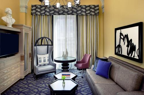 Kimpton Hotel Monaco Washington DC Photo