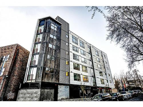 Mad Cap Hill Condos by Barsala Photo