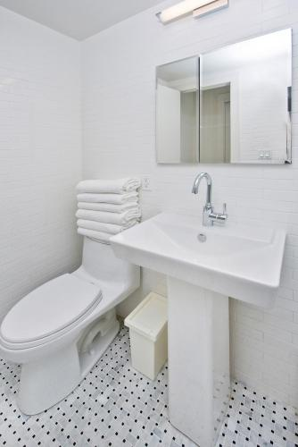 36th Street Midtown East Luxury Duplex Apartment Photo