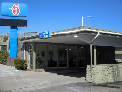 Motel 6 Butte - Historic City Center Photo