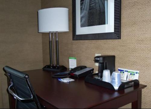 Holiday Inn Express & Suites Arkadelphia - Caddo Valley Photo