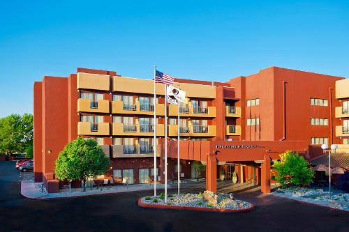 DoubleTree by Hilton Santa Fe Photo
