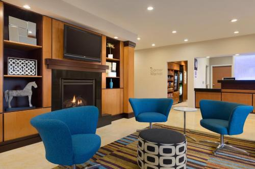 Fairfield Inn & Suites Bismarck North Photo