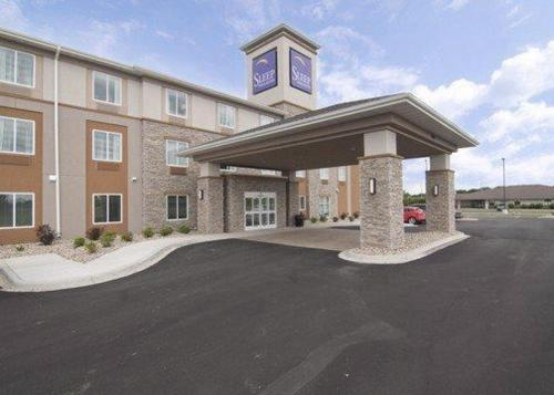 Sleep Inn & Suites Marshall