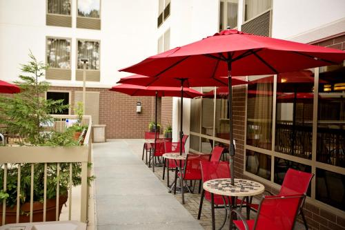 Hampton Inn Atlanta-Northlake Photo