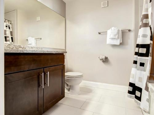 Global Luxury Suites at Concord Turnpike Photo