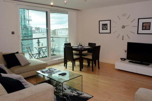 Hotel River Thames View Apartment thumb-3