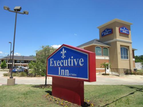 Executive Inn and Suites Tyler Photo