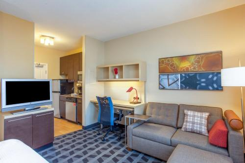 TownePlace Suites Huntsville Photo