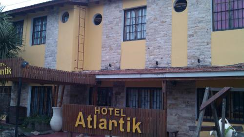 Hotel Atlantik Photo