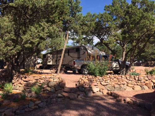 Mountaindale RV Resort - Colorado Springs, CO 80926